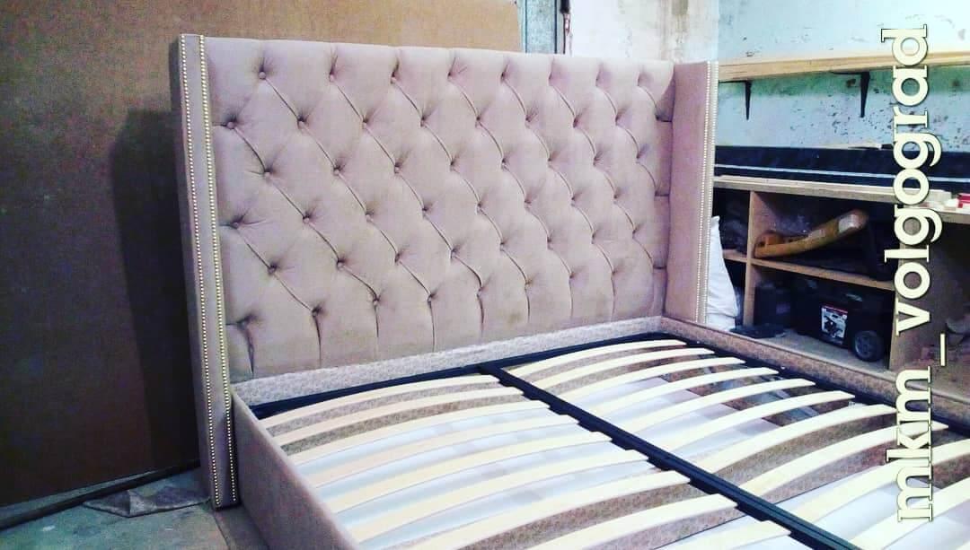 кровать с мягким изголовьем купить